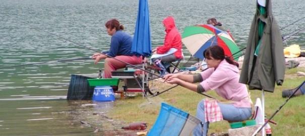 Poziv na učešće na Otvorenom prvenstvu BiH u lovu ribe udicom na plovak za seniorke